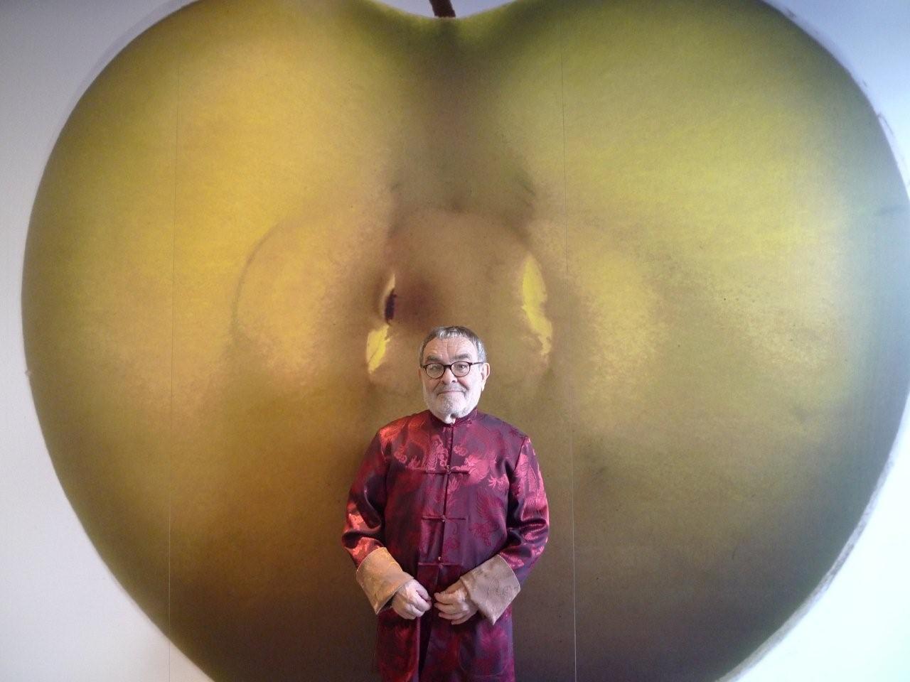 Fernando Arrabal, Portrait à la pomme.
