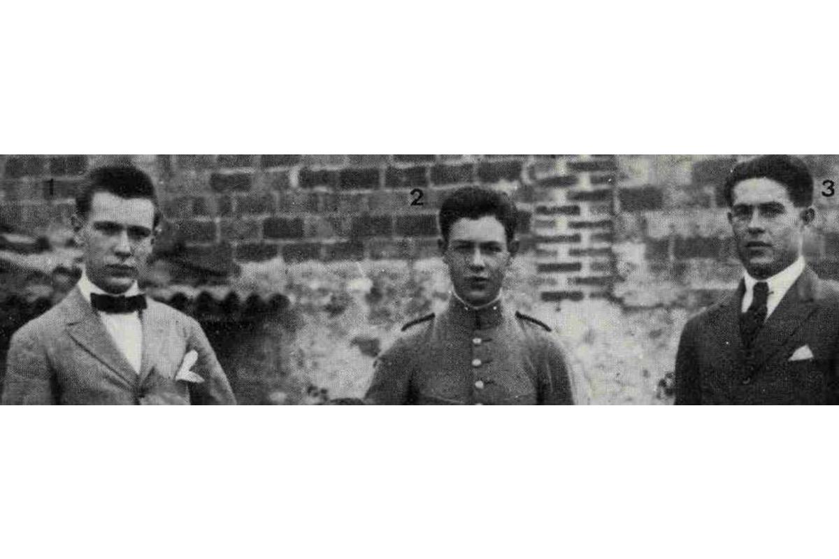 Photo des trois frères condamnés à mort : (de gauche à droite) Fernando, Ángel et Rafael Arrabal.