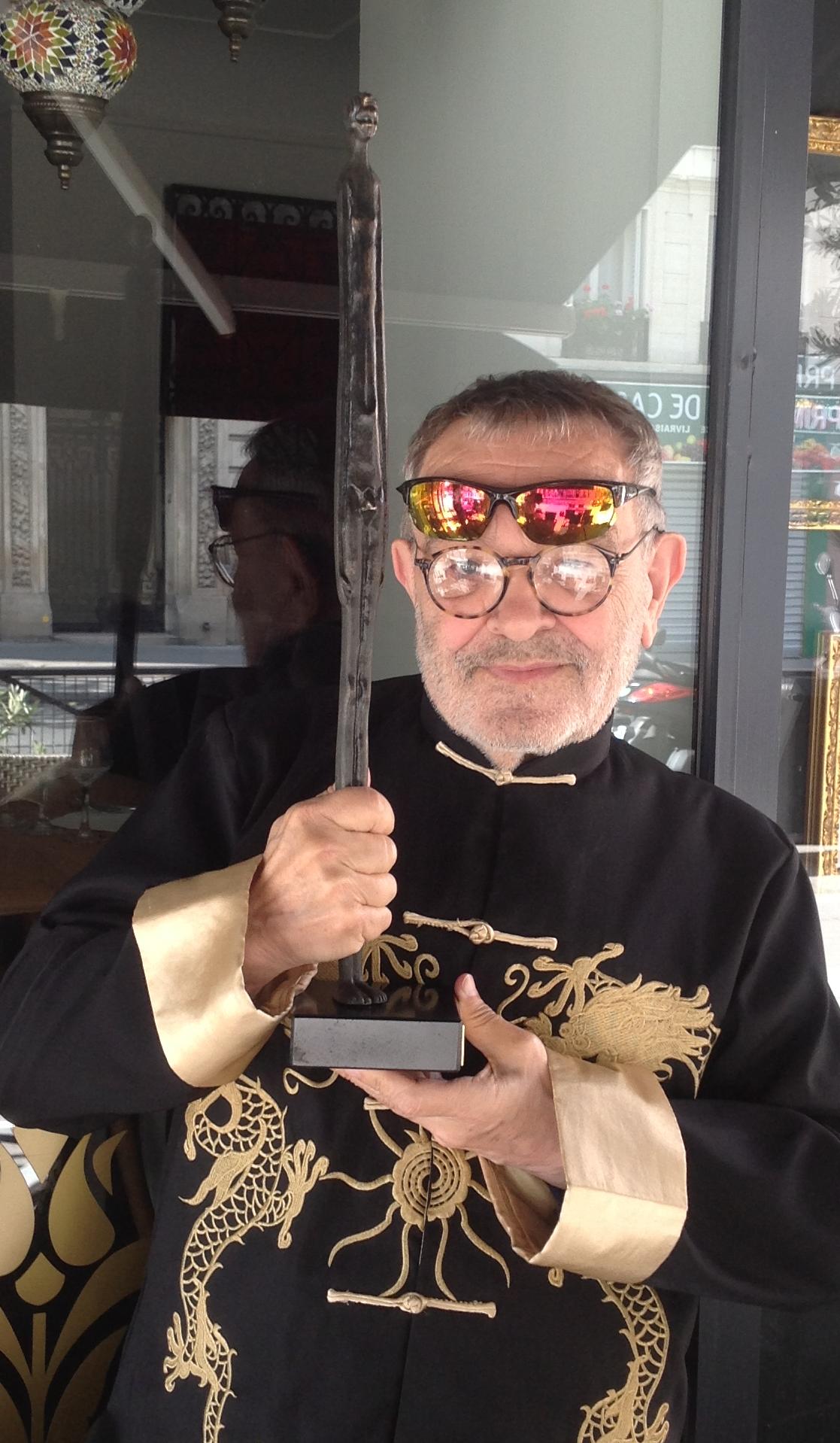 """Fernando Arrabal,  premio """"OMBRA DELLA SERA"""" 2015,  monumento-simbolo dell'Etruria."""