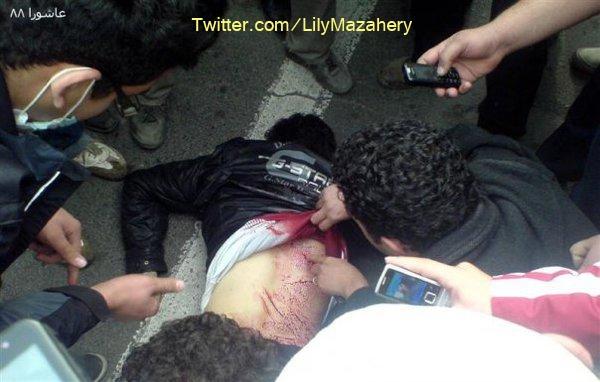 La police blesse un manifestant
