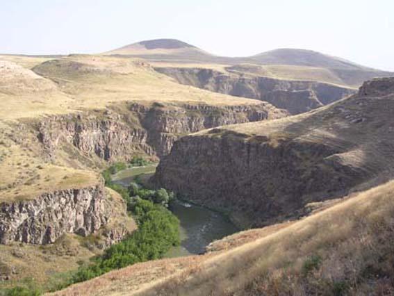 Paysage à la frontière entre Arménie et Turquie