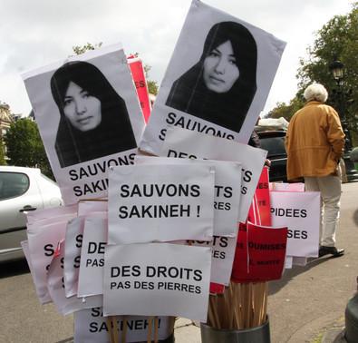 17222-manifestation_de_soutien_a_sakineh_mohammadi_ashtian