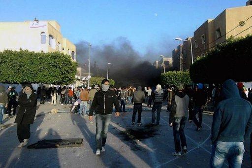 Manifestation et heurts avec la police à Sidi Bouzid, le 23 décembre 2010.