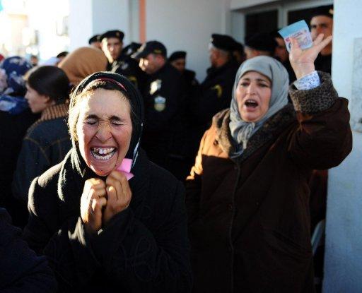 Des femmes le 10 janvier 2011 à Sidi Bouzid. ©AFP / Fethi Belaid
