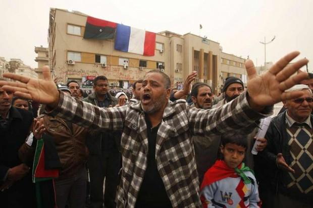 Les manifestants libyens semblent déterminer à poursuivre leur combat.  © Reuters