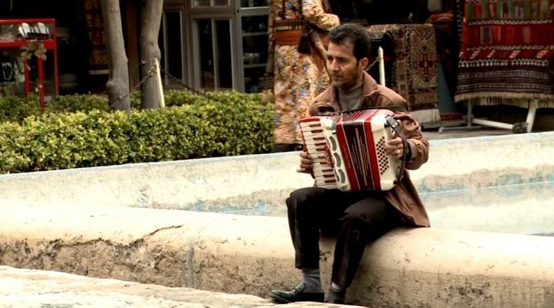 L'accordéon, le dernier court métrage de Jafar Panahi