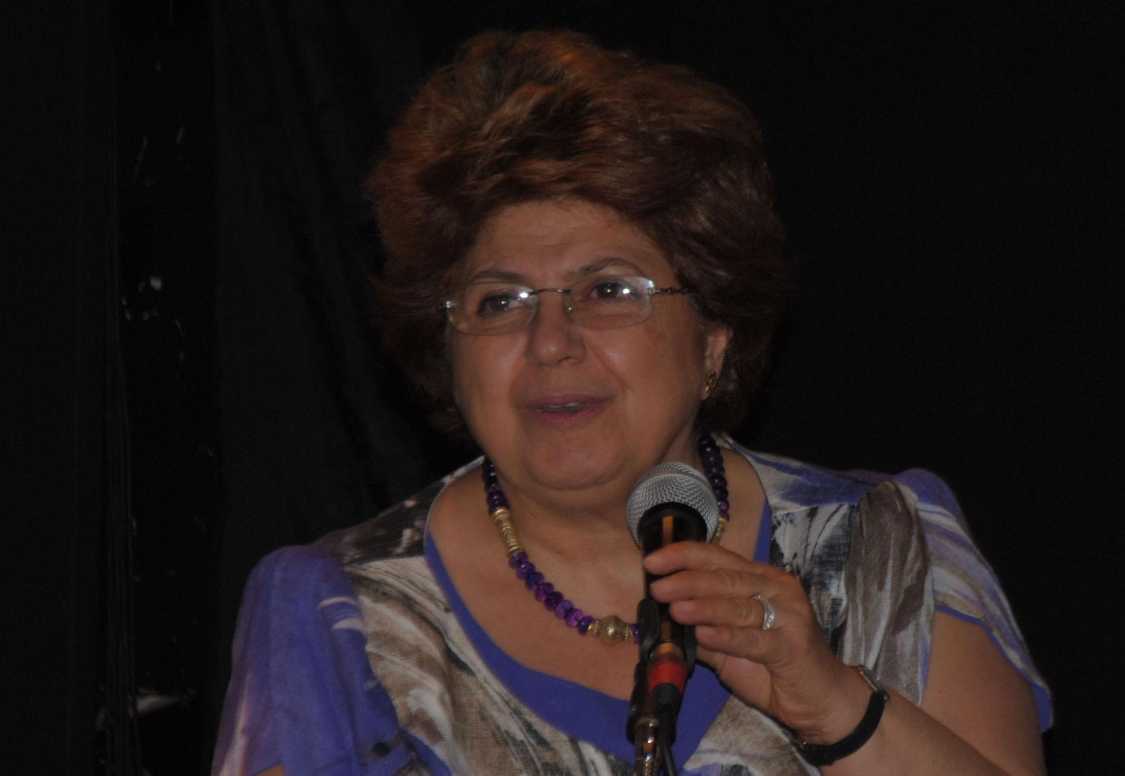 La psychanalyste Rafh Nached lors d'un colloque