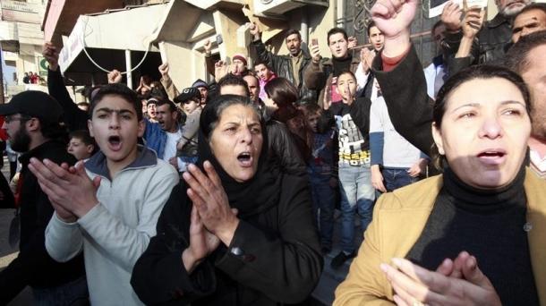 Des milliers de manifestants syriens réclamaient le départ de Bachar al-Assad ce dimanche