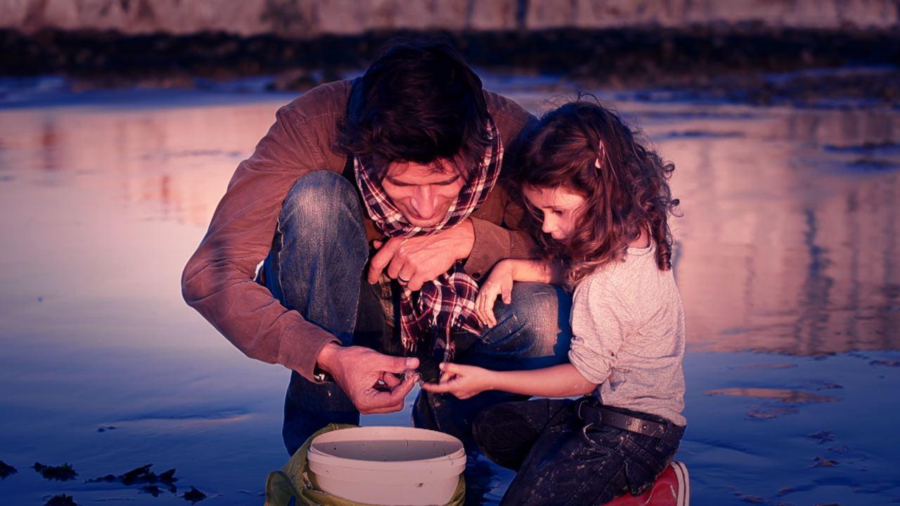 Le film est un huis-clos entre un père et sa fille.