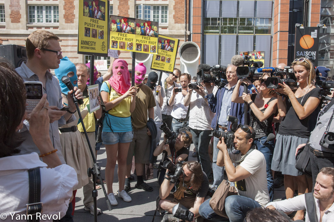 Manifestation_Pussy-Riot_Alexis-Prokopiev_Porte-Parole_Russie-Libertes_Medias