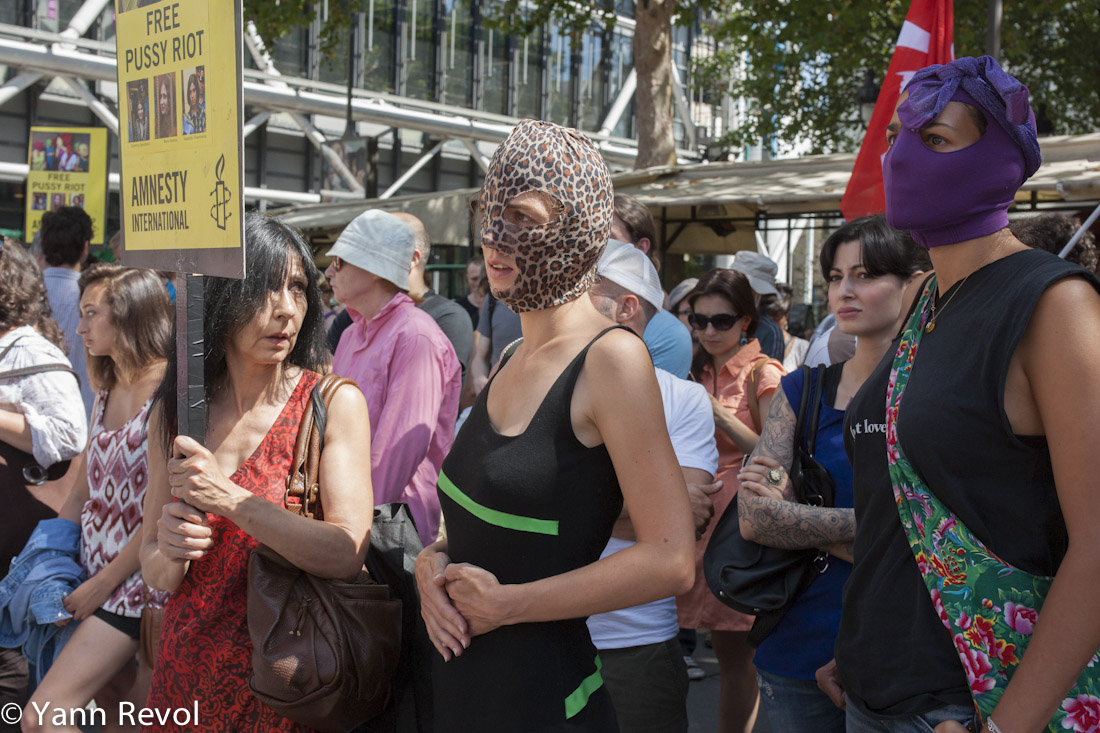 Manifestation_Pussy-Riot_Militantes