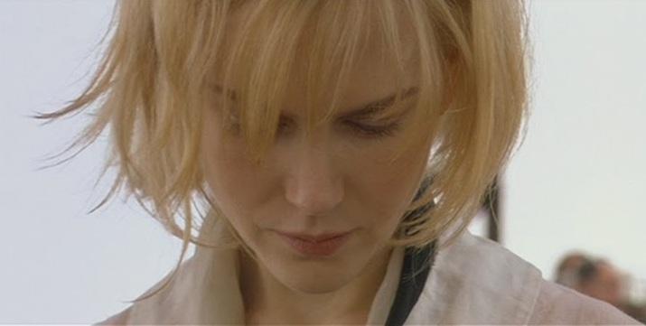 """Nicole Kidman interprète une fugitive dans """"Dogville"""" de Lars Von Trier"""