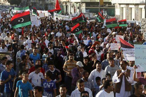 Les habitants de Benghazi ont manifesté contre la présence de groupes extrémistes armés.