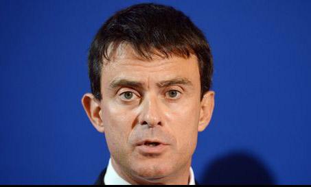 """Cité par Le Monde du 18 septembre, Manuel Valls a déclaré à propos du droit de vote des étrangers: """"Est-ce que c'est aujourd'hui une revendication forte dans la société française? Un élément puissant d'intégration? Non"""". Selon les derniers sondages, le ministre de l'intérieur se classe à la 1ère place des personnalités politiques préférées des Français."""