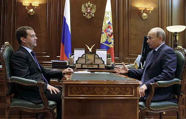 Dmitri Medvedev et Vladimir Poutine au Kremlin.