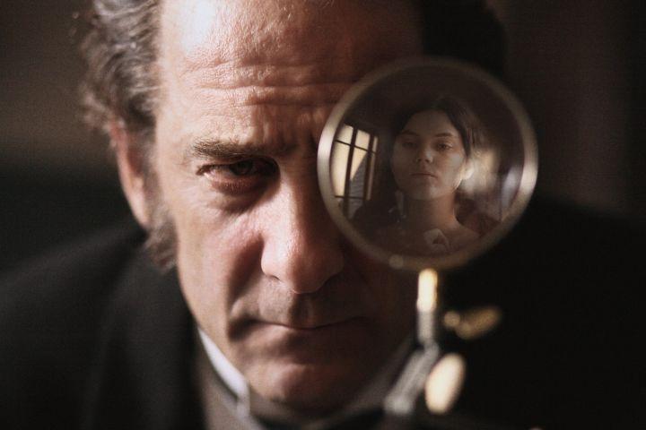 """Vincent Lindon dans une scène du film """"Augustine"""""""