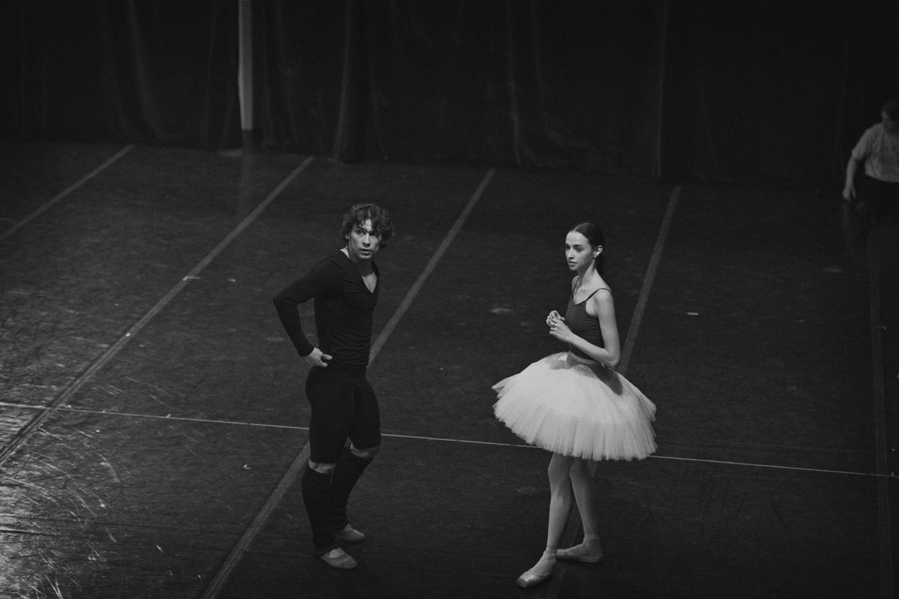 Peter-Lindbergh-Bolchoi-danseur-et-danseuse