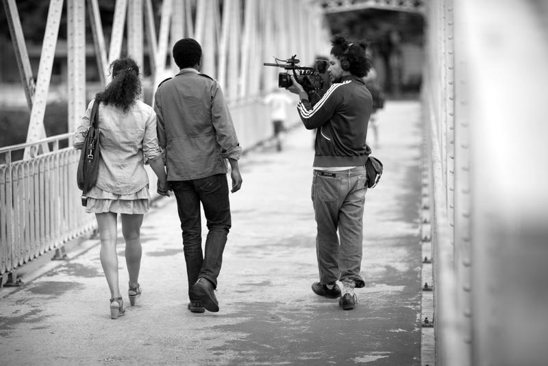 Rachid Djaïdani sur le tournage de Rengaine.