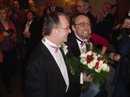 René Leboeuf et Michael Hendricks lors de leur mariage.