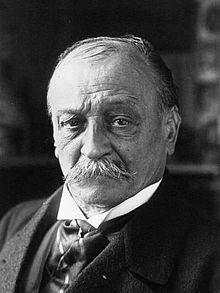 """Georges Courteline, romancier et dramaturge français, né le 25 juin 1858 à Tours, mort le 25 juin 1929 à Paris. Il a écrit """"La peur des coups"""" en 1895."""