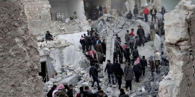 Bâtiments détruits par des bombardements à Alep.