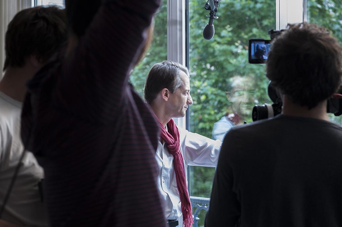 Christophe Barbier lors du tournage de Doutes. Photo : Yann Revol
