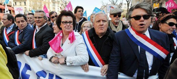 Christine Boutin, présidente du Parti chrétien démocrate, aux côtés du député FN Gilbert Collard.