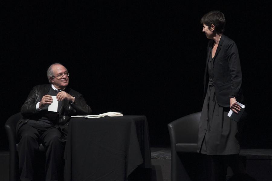 Jacques-Alain Miller et Christine Angot au Théâtre Sorano, le 20 avril 2013. Photo : Yann Revol