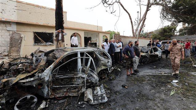 Attentat devant l'ambassade de France à Tripoli, en Libye