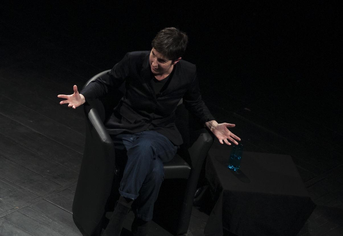Christine Angot au Théâtre Sorano à Toulouse, en avril dernier. Photo : Yann Revol