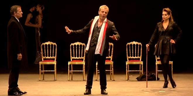 La guerre de Troie n'aura pas lieu, de Jean Giraudoux, mis en scène par Francis Huster