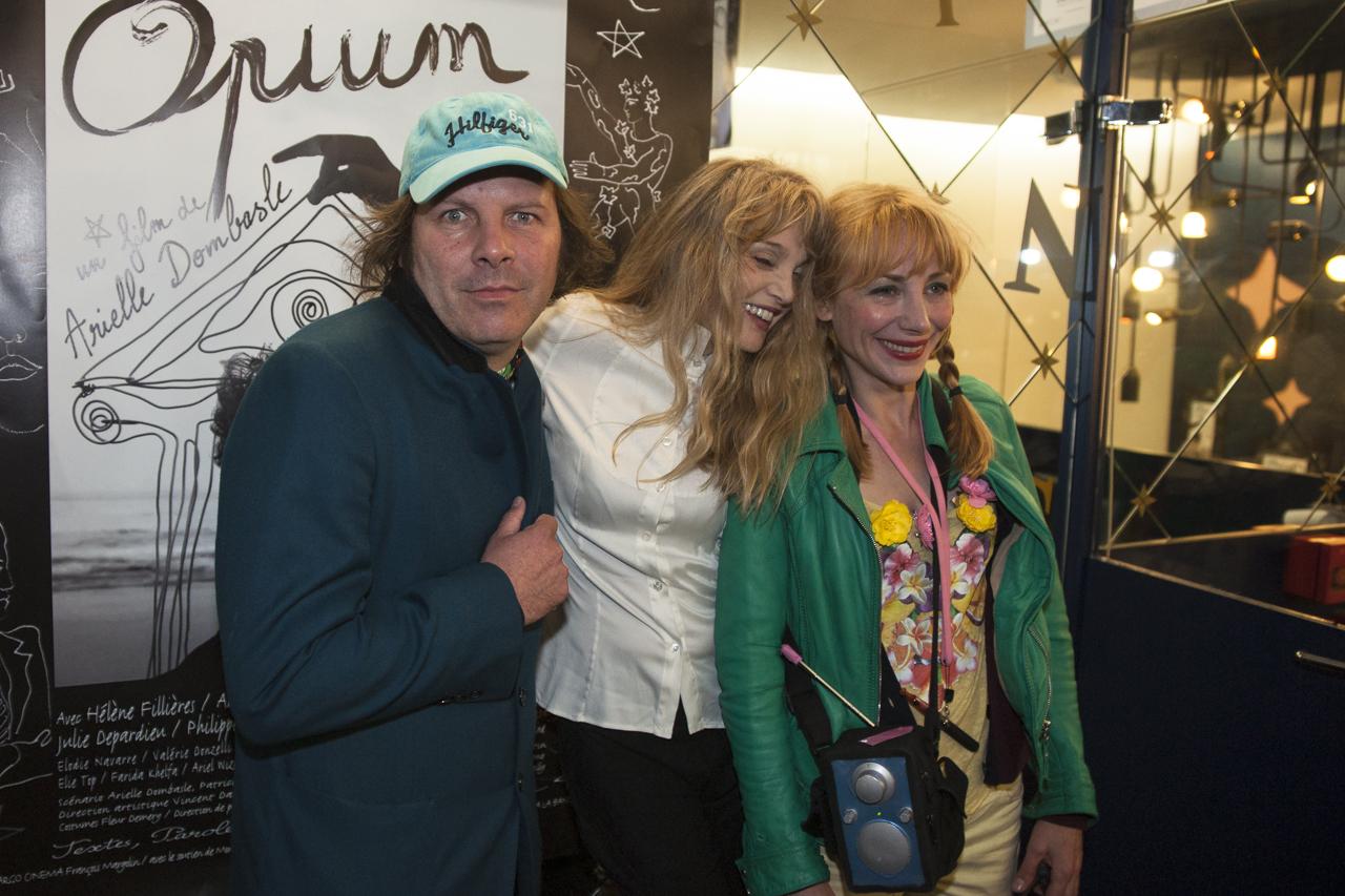 Julie-Depardieu_Philippe-Katerine_Arielle-Dombasle