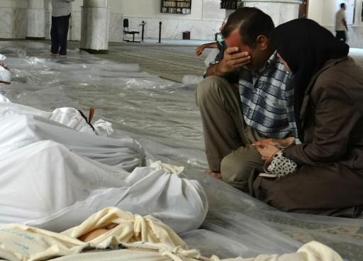 Une morgue improvisée, près de Damas (Syrie), le 21 août 2013.