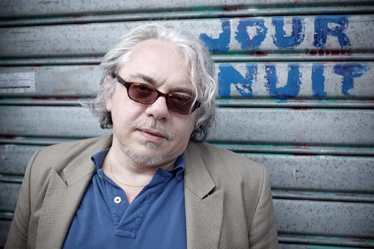 """Arnaud Viviant publie """"La vie critique"""" chez Belfond"""