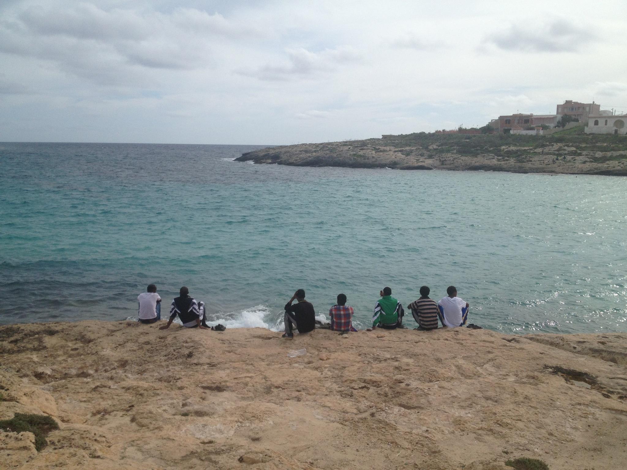 L'entrée du port de Lampedusa par où ils sont arrivés. Le 19 octobre 2013. Photo : François Dufour