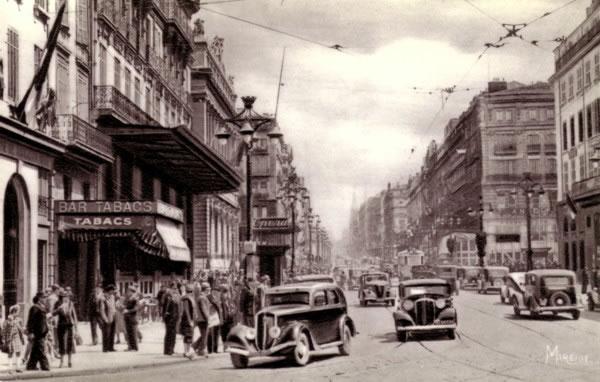 La Canebière à Marseille dans les années 1940