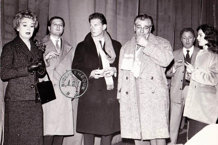 De gauche à droite : Edwige Feuillère, Pierre Franck, Jean-Pierre Aumont, Georges Herbet, et Jean Malambert (c) Bibliothèque A.R.T Fondation Georges Herbert)