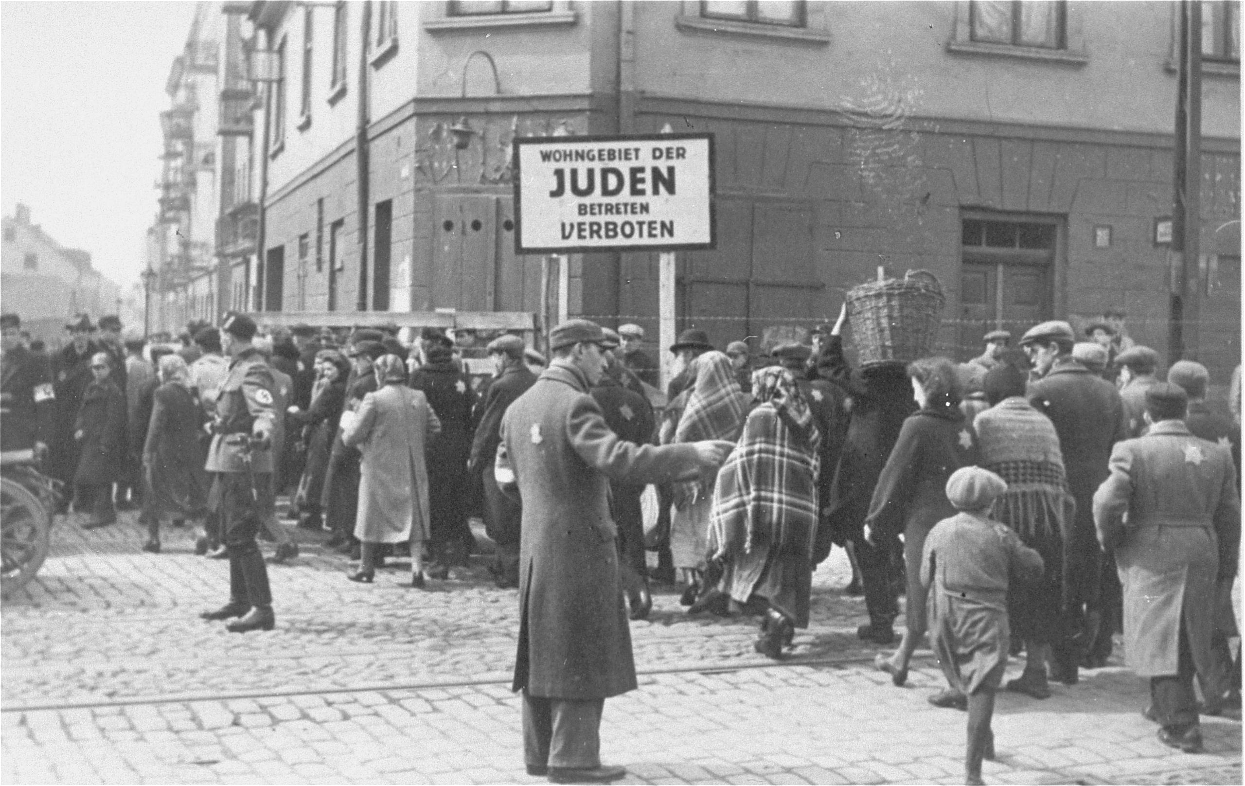 Organisation de la déportation dans le ghetto de Lodz en Pologne.