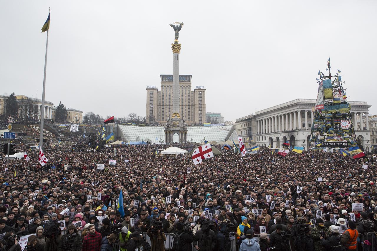 Les manifestants réunis sur la place du Maidan le 2 mars 2014.