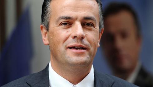 Laurent Lopez, candidat Front national à la mairie de Brignoles © Anne-Christine Poujoulat / AFP
