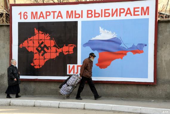Affiche en faveur d'un vote pro-russe, à Sébastopol.