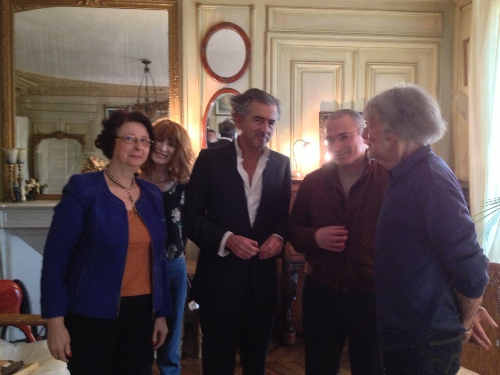 Galia Ackerman, Fanfan Glucksmann, Bernard-Henri Lévy, Mikhaïl Khodorkovsky, André Glucksmann. Photo : Galia Ackerman