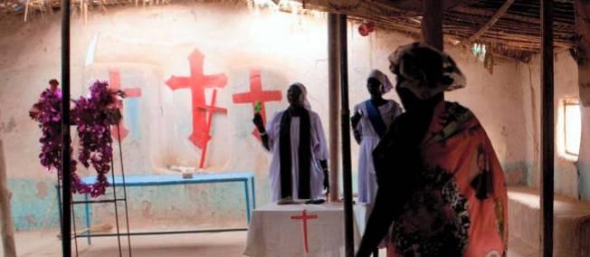 Messe dans une église de Khartoum, en 2011. © DESRUS BENEDICTE/SIPA