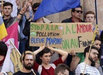 Les jeunes ont manifesté ce jeudi 29 mai 2014 contre le parti de Marine Le Pen.
