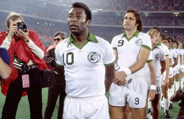 Pelé sous le maillot du New York Cosmos à la fin des années 1970
