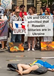 Des manifestants le 27 juillet 2014 à Paris.