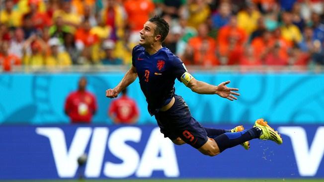 """Robin Van Persie, surnommé le """" hollandais volant """", a inscrit l'un des plus beaux buts de la Coupe du Monde 2014."""