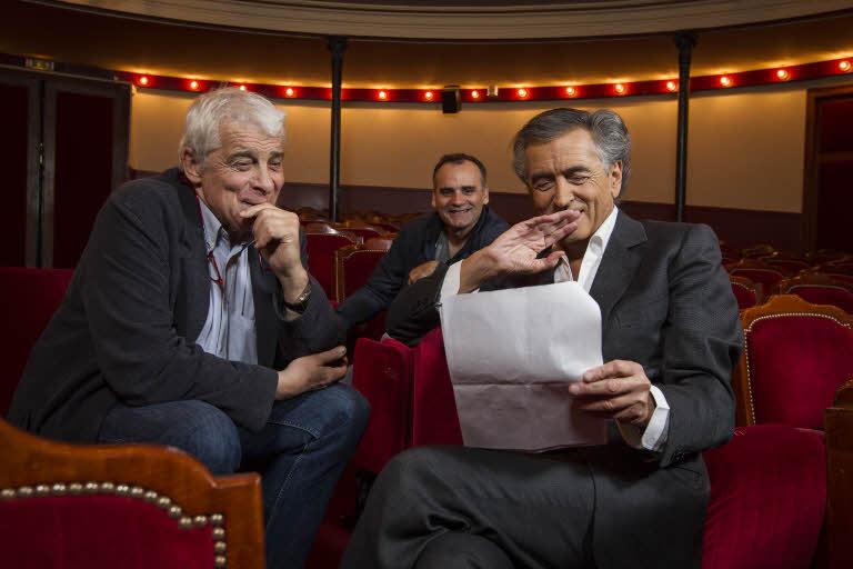 Le comédien Jacques Weber (à gauche), le philosophe Bernard-Henri Lévy, et le metteur en scène et réalisateur bosniaque Dino Mustafic (au centre), se retrouvent au Théâtre de l'Atelier, où se joue, jusqu'au 16 novembre, la pièce de théâtre Hôtel Europe.