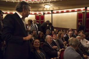 Manuel Valls (assis) et Bernard-Henri Lévy © Yann Revol