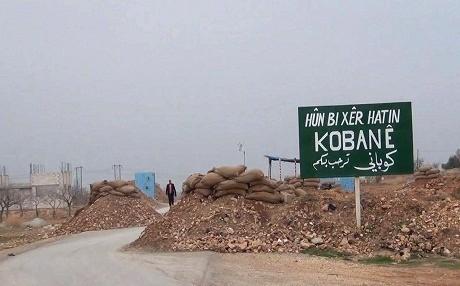 Une route menant à Kobané, au nord de la Syrie.